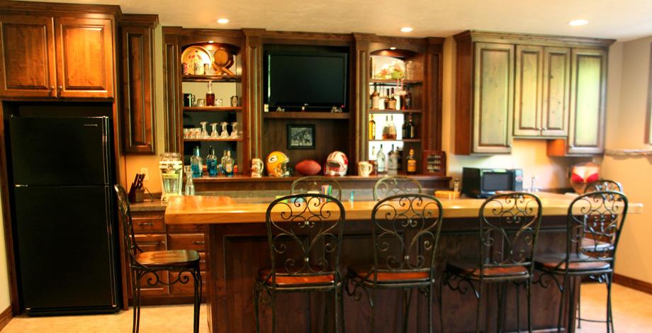 Northwoods silvercrest construction group - Custom bar design ...
