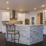 Kitchen Island (Scotch Pine)