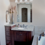 Master Bathroom (Tahoe)