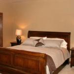 Master Bedroom (Forest Glenn Custom)